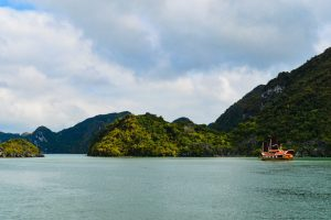 Best Hotels in Ha Long, Vietnam